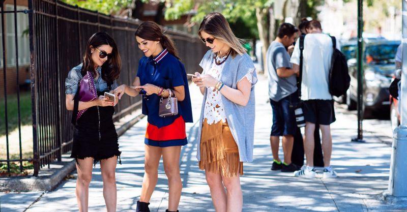 Generasi Y: Tumbuh dalam Riuhnya Media Sosial, Apakah Kamu Salah Satunya?