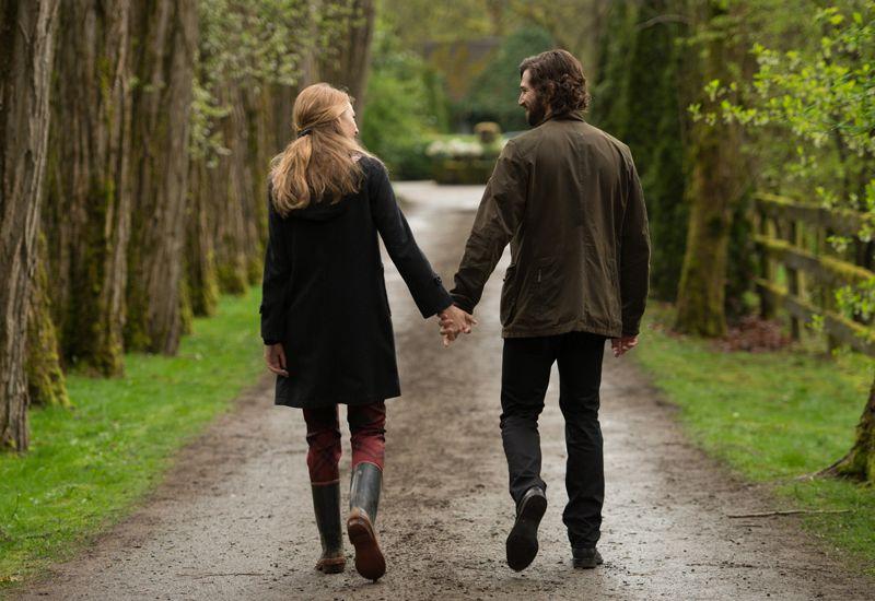 7 Hal yang Dipikirkan Wanita Saat Melihat Pria Pertama Kali