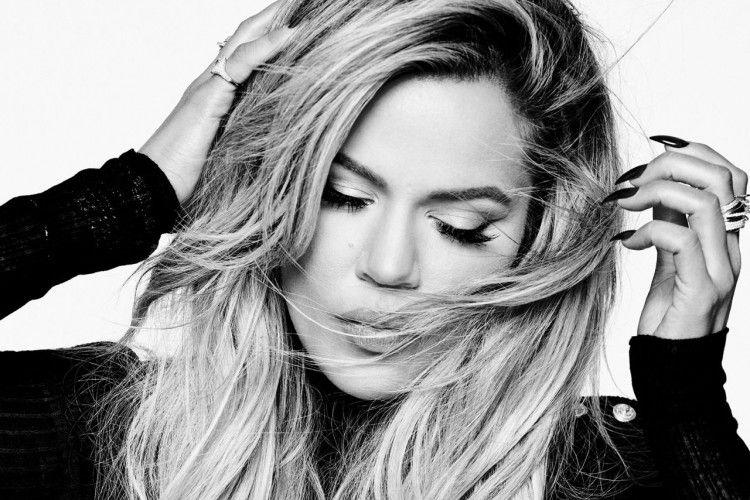 Khloe Kardashian Luncurkan Merek Denim Khusus Pemilik Tubuh Curvy