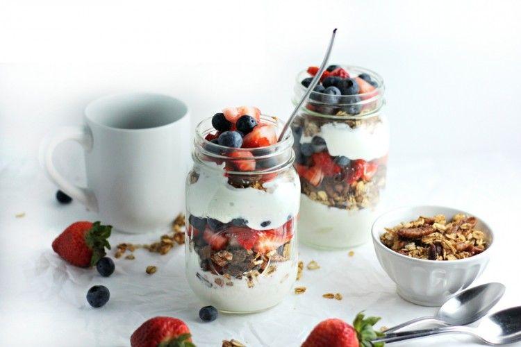 Yogurt Granola Parfait Rendah Kalori Berikan Sejuta Manfaat Untuk Kesehatanmu