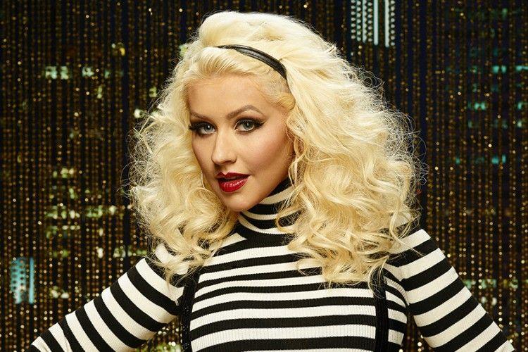 Rilis Lagu Tribut untuk Korban Penembakan Orlando, Christina Aguilera Malah Dicibir Netizen