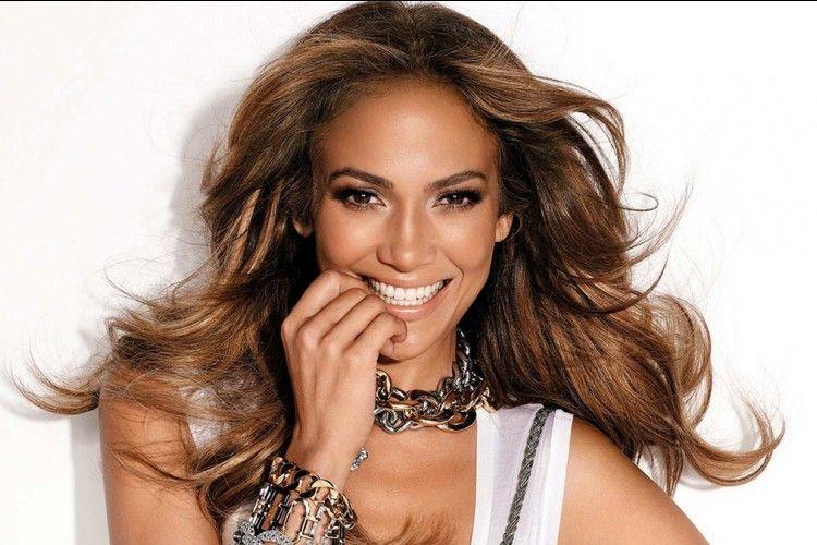Selalu Tampil Memukau, Inilah Makna Cantik Bagi Jennifer Lopez