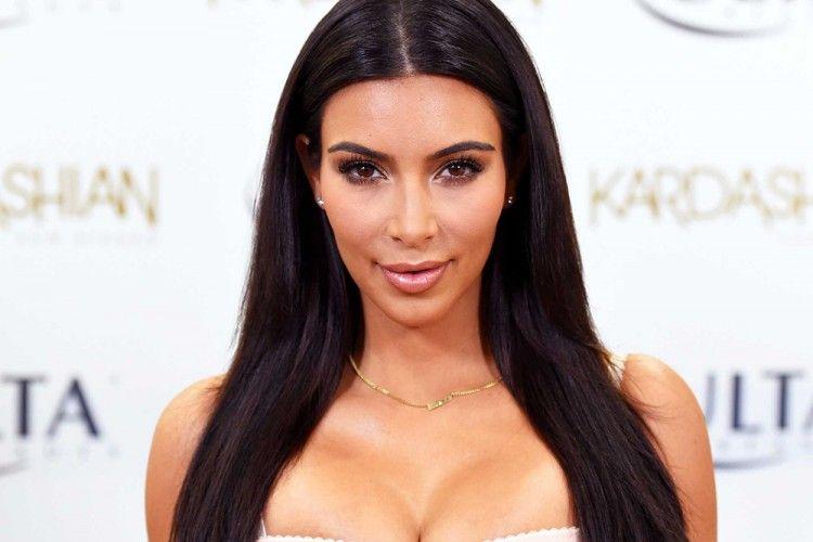 Bela Suami, Kim Kardashian Serang Taylor Swift Lewat Video SnapChat