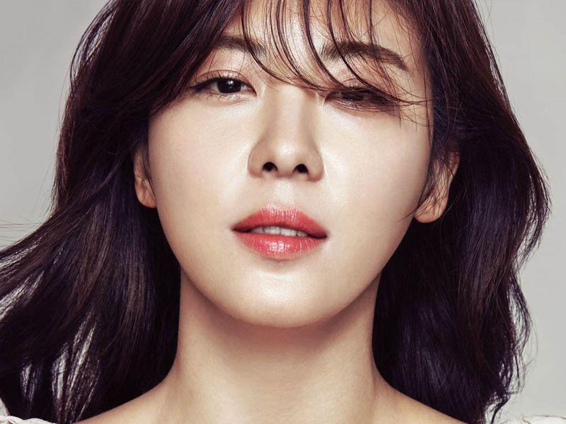 Tampil Flawless ala Bintang Korea dengan Baby Powder