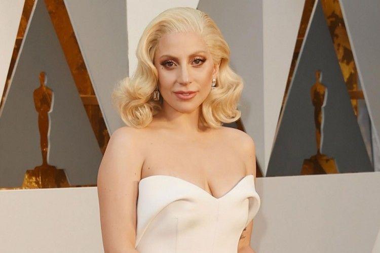Ternyata, Popularitas Telah Membuat Lady Gaga Depresi Selama 3 Tahun!