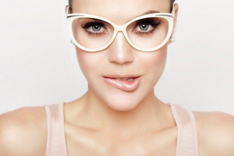 7 Pilihan Kacamata untuk Penampilanmu Versi Popbela