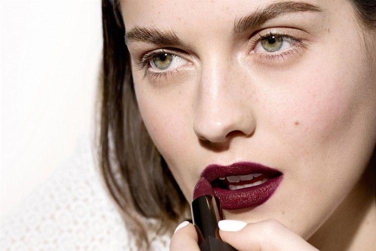 Yuk Coba! Inilah 5 Produk Rekomendasi Lipstik Matte Terbaik dari Brand Lokal