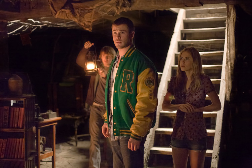 7 Film Horor Ini Bikin Kamu Makin Lengket Sama Pacar di Malam Halloween