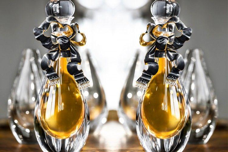 Wow! Parfum Ini Cuma Ada 5 Botol Saja Di Seluruh Dunia