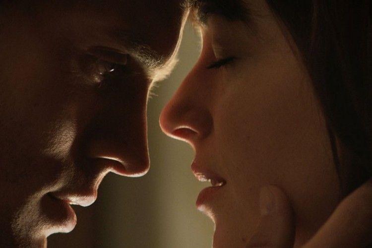 Ternyata 5 Alasan Ini yang Membuat Pasanganmu Sangat Menyukai Blowjob