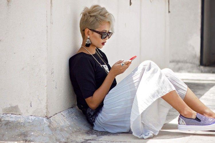 Menurut Penelitian, Orang yang Kecanduan Handphone Cenderung Punya Emosi yang Nggak Stabil