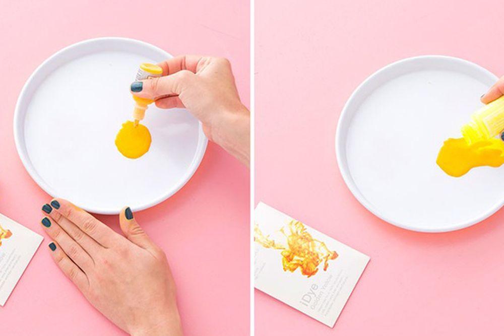 DIY Crop Top Lemonade Super Chic yang Bisa Kamu Buat Hanya Dalam 7 Menit!