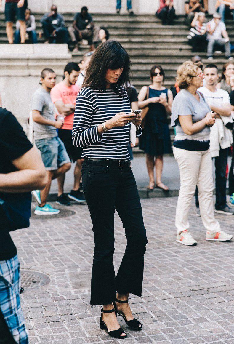 Ini Cara Chic Mengenakan Celana Jeans untuk Ke Kantor