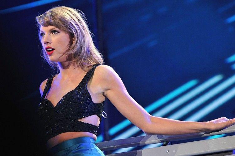 Dari Syahrini sampai Taylor Swift, Inilah 11 Video Mannequin Challenge Seru Para Selebriti Dunia