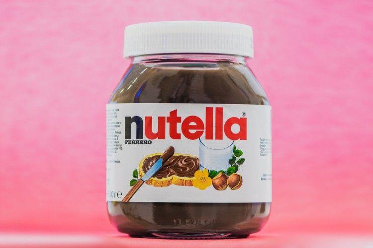 Tren Baru: Mewarnai Rambut dengan Nutella, Berani Coba?