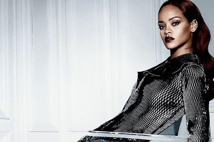 JLo dan Drake Jadian, Inilah Tindakan Bijak yang Seharusnya Dilakukan Rihanna