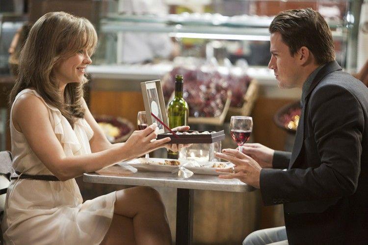 Ingin Disebut Istri Idaman? Terapkan 5 Hal Ini Kepada Suami
