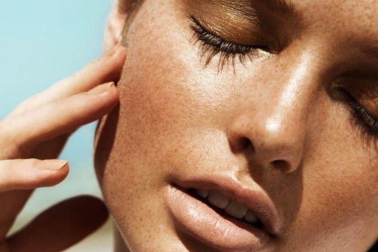 Ini 5 Area Pada Tubuh yang Sering Terlewatkan Saat Memakai Sunscreen