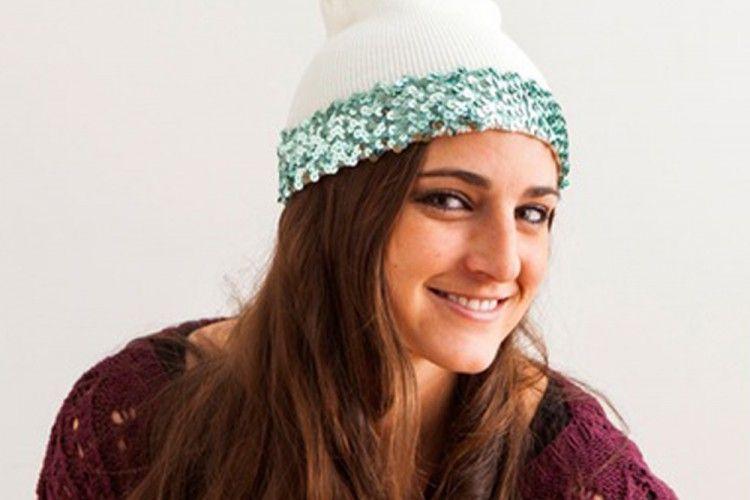 Ubah Gayamu Jadi Lebih Fun dengan DIY Mudah Membuat Sequin Beanie Hat
