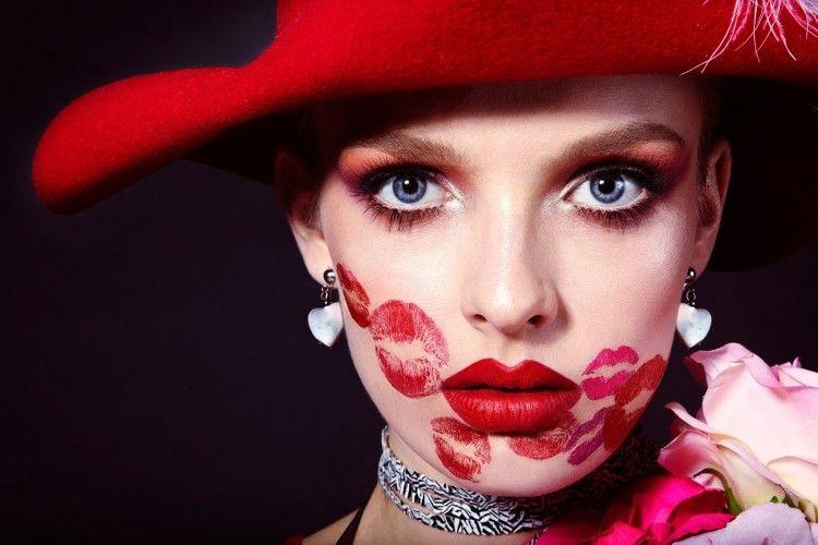 5 Langkah Ini akan Membuat Dia Terpesona dengan Bibir Indahmu