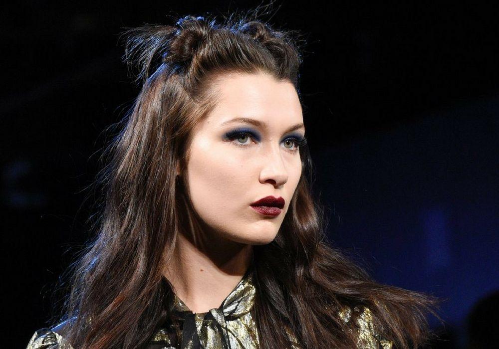 Model Gigi Hadid Tampil dengan Makeup Bernuansa Era '80an dari Koleksi Terbaru Penata Rias Pat McGrath