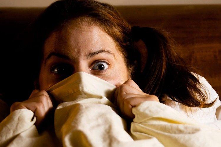 Meskipun Seram, Inilah 3 Manfaat Sehat Bagi Tubuh dari Menonton Film Horor