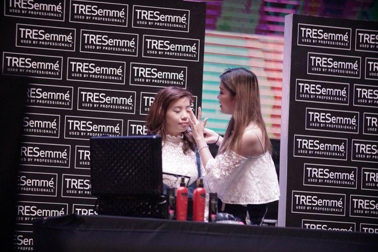 BFA 2017: Hanya di Beautyfest Asia, Michimomo Bagikan Rahasia Everyday Makeup Look untuk Tampil Lebih Cantik