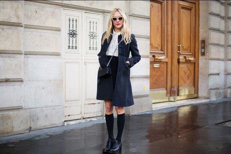 Kerennya Gaya Street Style Ala Chloe Sevigny yang Wajib Kamu Coba