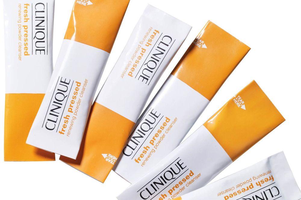 Cerahkan Kulit Wajahmu dengan Rangkaian Perawatan Vitamin C ini