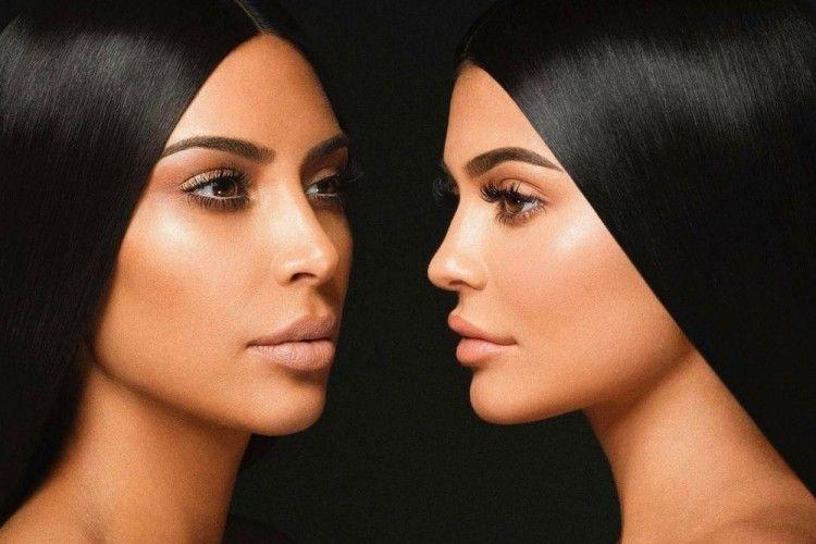 Kylie Jenner Gandeng Sang Kakak, Kim Kardashian untuk Koleksi Lipstik Terbarunya