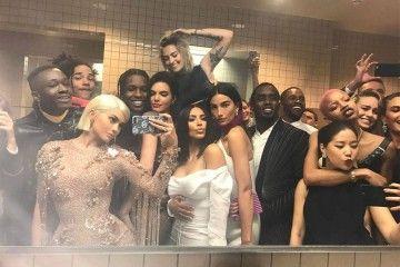 Begini Hebohnya Saat Seleb Hollywood Berada di Toilet VIP