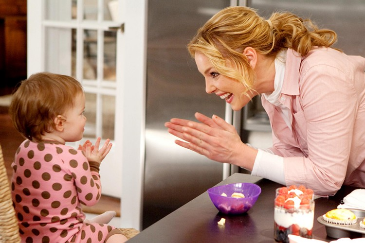 Bela, Kamu Nggak Perlu Merasa Bersalah sebagai Working Mom