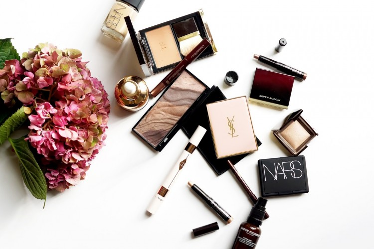 Bela, Ketahui Masa Kedaluwarsa Produk Makeup Milikmu Yuk