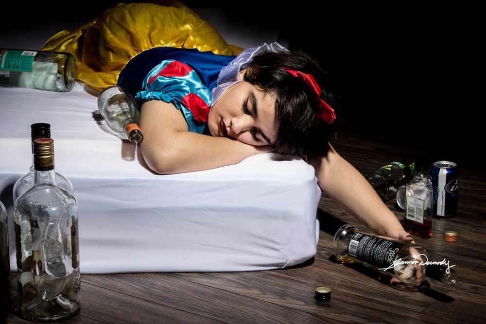 disney-princesses-real-world-problems-shannon-dermody-2-590c89573d28e-880-ad436d8289ea4b9acdd2711bffa408f2.jpg