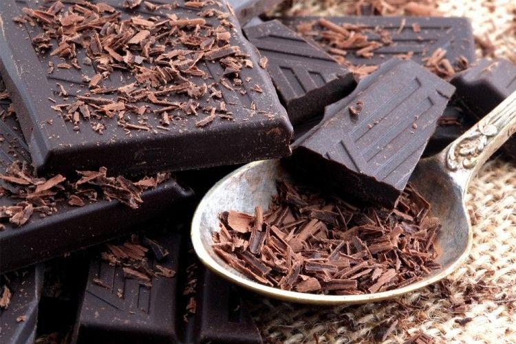 4 Manfaat Ajaib dari Si Cokelat Hitam untuk Kesehatan Tubuh
