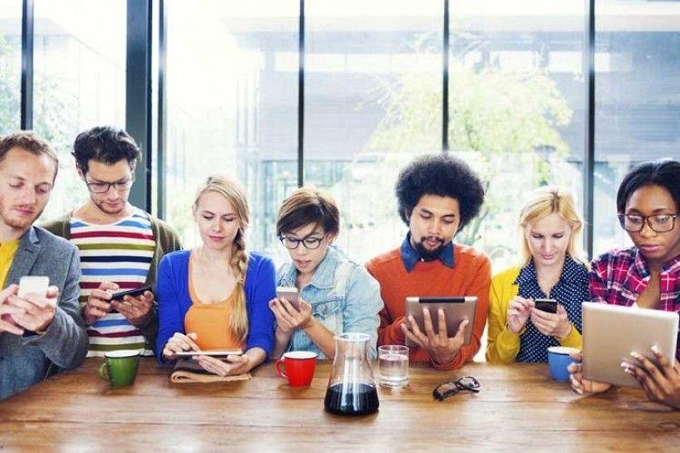 3 Etika yang Harus Kamu Ketahui Sebelum Main Sebar Berita Broadcast Aplikasi Chatting