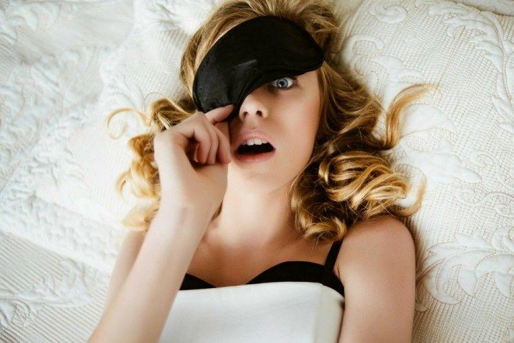 Ini 7 Hal yang Terjadi Jika Malas Mencuci Muka Sebelum Tidur