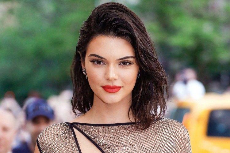 5 Gaya Chic Kendall Jenner yang Jadi Favorit Popbela