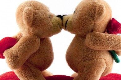 7 Manfaat Berciuman Baik Kesehatan Tubuh