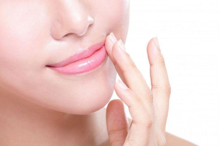 3 Tips Mudah Membuat Bibir Merah Merona Secara Alami