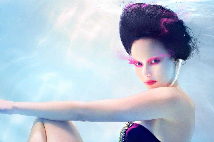 Pakai Makeup Waterproof Berbahaya? Masa Sih?