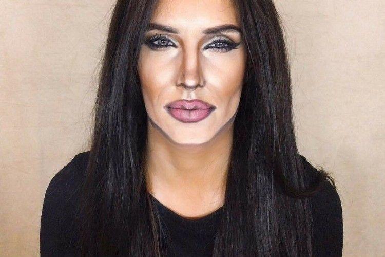 Mirip Banget! Make Up Artist Ini Bikin Wajahnya Kayak Artis