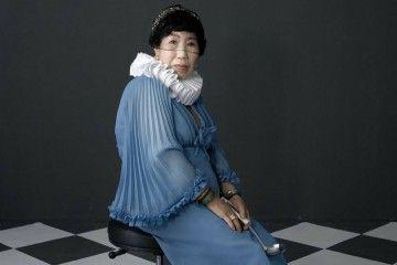 Keren! Nenek Berusia 70 Tahun Ini Jadi Beauty Vlogger