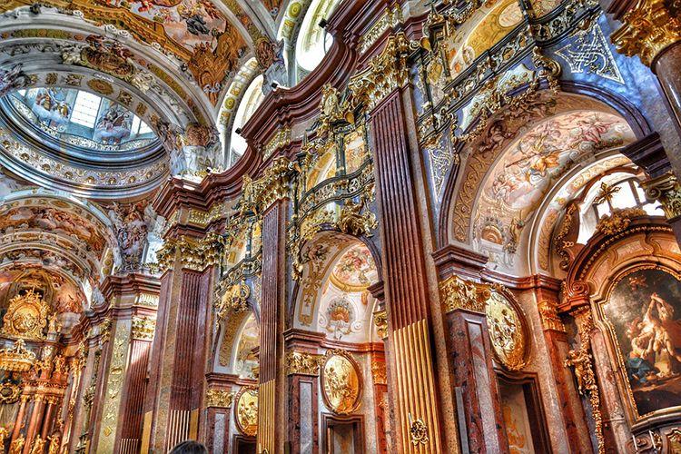 baroque-church-439488-960-720-2d01f7ec558e7add064a76095a46667d.jpg