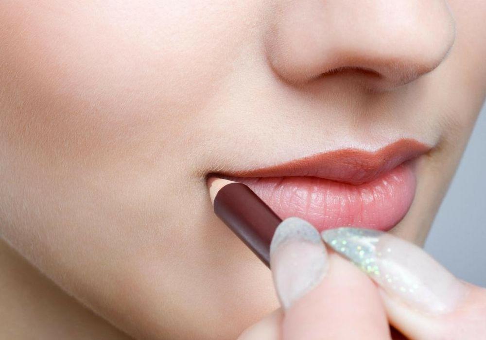 5 Kesalahan Memakai Lipstik yang Perlu Kamu Hindari