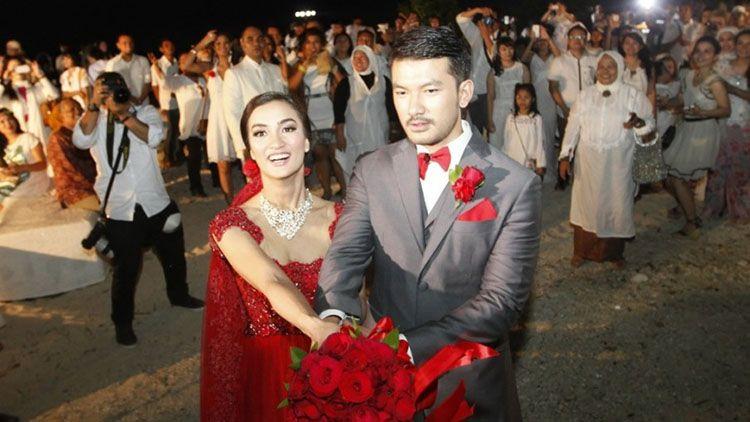 5 Konsep Pernikahan Sederhana dari Para Artis Indonesia