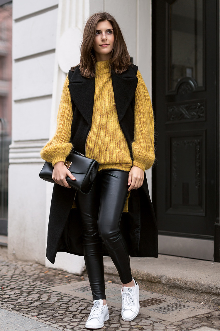 Ini Tips Padu Padan Sweater Biar Gayamu Makin Kekinian