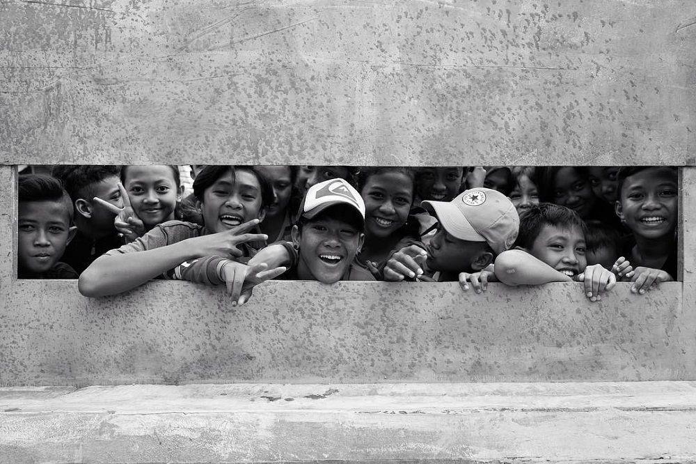 Nggak Cuma Ganteng, 5 Seleb Cowok ini Karya Fotonya Keren Banget!