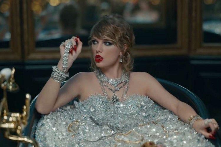 10 Pesan Nyinyir Terselubung dalam Video Klip Terbaru Taylor Swift