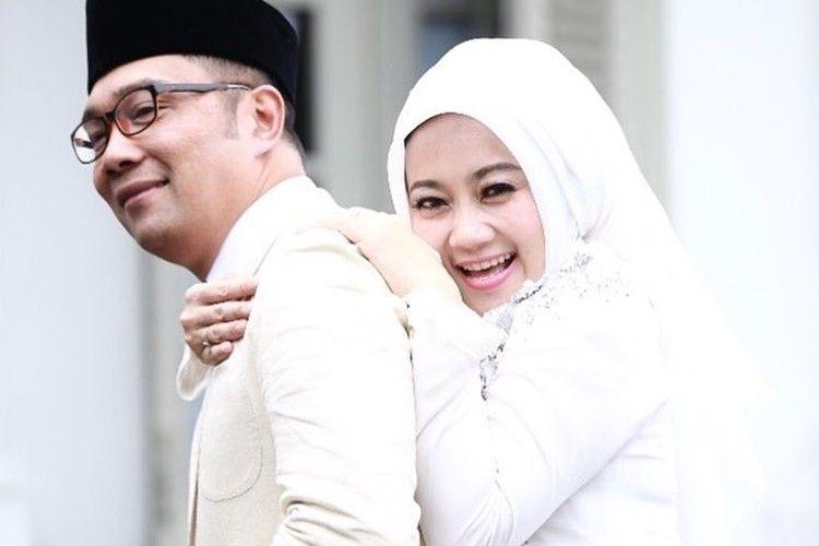 Bukan Artis, 4 Pasangan Ini Layak Dijadikan Relationship Goals